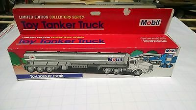 Mobil Toy Tanker Truck Limited Edition Collector Series 1993 new in box