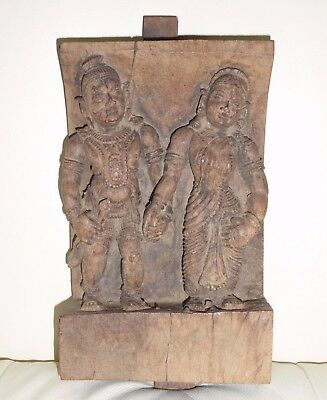 Primitive Asian Hand Carved Wood Pair Of Man And Woman Figurine