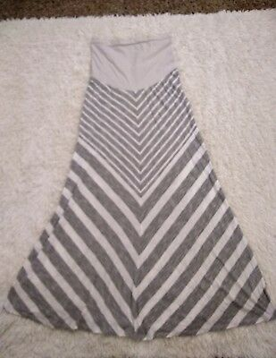 MOTHERHOOD Maternity Skirt size L BUMP Start Stretchy Grey White Chevron Striped