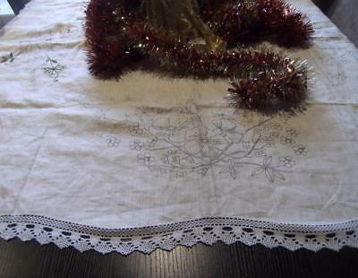 VINTAGE SEMCO PURE LINEN  TABLECLOTH (partially completed)