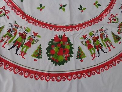 """Vtg Round 63"""" Christmas Tablecloth-Minstrels Musicians Lords Holly Berries"""