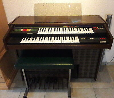 Solina Heimorgel Orgel 2 Manuale + Pedal mit Orgelbank Bank