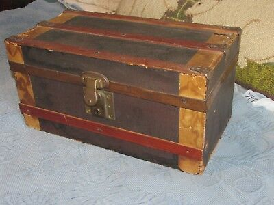Antique Victorian Child's Doll Steamer Trunk with Tray & Original Paper Lining