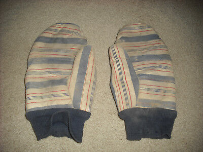 PAIR OF VINTAGE 1950's GLOVES, VERY RARE & VERY USED.