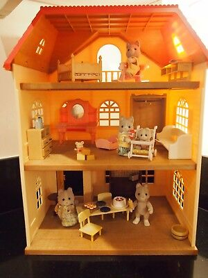 Sylvanian families bundle a visit to the dog family house