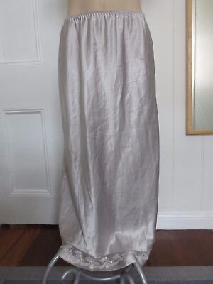 Gorgeous silvery satin vintage half-slip with lace trim size 10-12 (US 6-8)