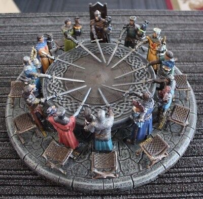 Toscano 41317 King Arthur & Knights of the Round Table Resin Figure Set [12CH]