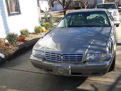 2000 Cadillac Eldorado Vinyl half roof ESC Coupe, Vogue Tires, Chrome Wheels