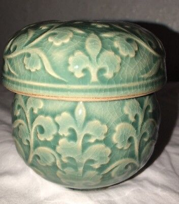 Vintage green Ceramic Tea Cup With Lid - 3 Piece Set - Signed