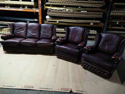 Stunning Antique Red Leather Chesterfield 3 Piece Suite, Sofa & 2 Armchairs