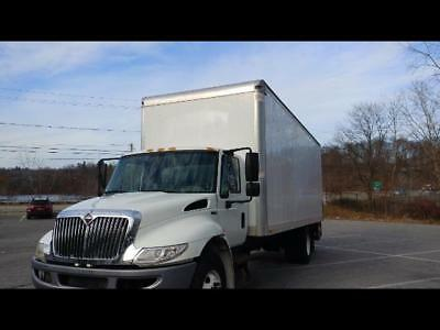 """2013 International 4300 24' Box truck with liftgate 103"""" High , 6 month warranty"""