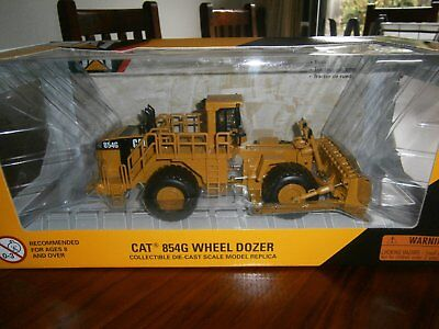 Caterpillar 1:50 scale Cat 854G Wheel Dozer Diecast replica Norscot 55159