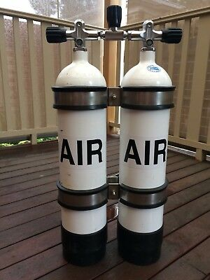 Twin Faber 7L steel SCUBA tanks with manifold and bands
