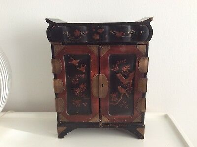 Antique Japanese lacquer jewellery box / writing cabinet - Meiji