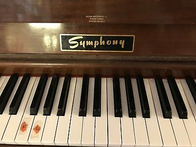 Primary School Piano - Old