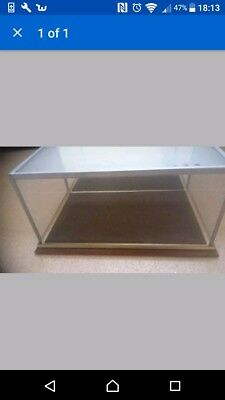 glass model display case for boxing glove size