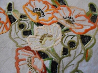 Beautiful Very Good Quality Vintage Linen Openwork Tablecloth