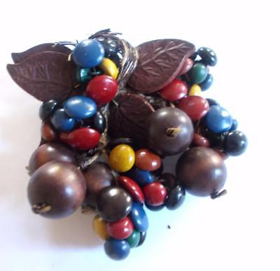 VINTAGE 40's MIRIAM HASKELL WOODEN FRUIT BERRY BEAD STATEMENT BROOCH - RARE