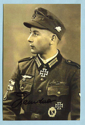 Panzer-Knacker Knights Cross Signed Photo - Baindner