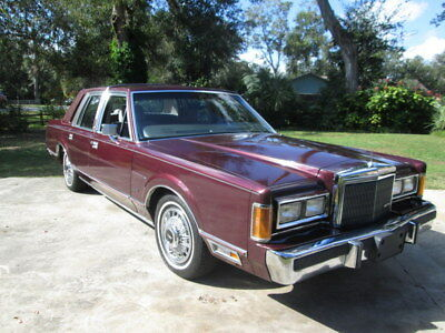 1989 Lincoln Town Car  Gorgeous 1989 Lincoln Town Car CLEAN Florida car low miles drive away NO RESERVE
