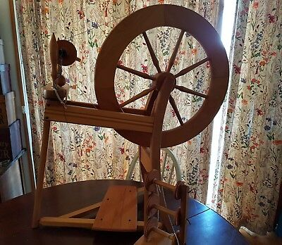 Ashford Single Treadle Spinning Wheel