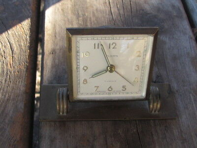 Vintage-Brass Florn 7 Jewel Travel Alarm Clock