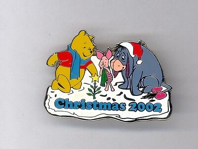 UK Disney Store Winnie the Pooh Piglet Smiling Eeyore Tiny Christmas Tree Pin