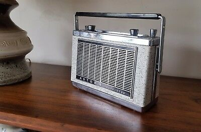 Vintage Astor 8 Transistor Radio. Made in Australia **Works**