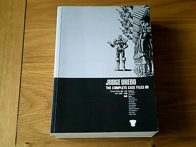 Judge Dredd The Complete Case Files 09