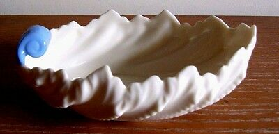 Lenox Acanthus Leaf Dish - White with Blue Handle Green Label