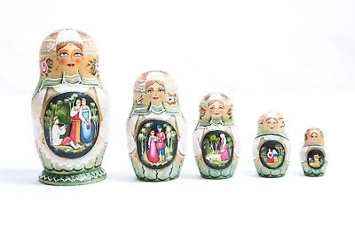 "Traditional Russian Doll ""Matrioshka"" 5 dolls - one of a kind piece"