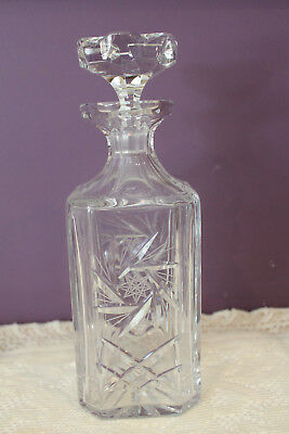 Beautiful Pinwheel Cut Crystal Square Whiskey  Decanter With Stopper