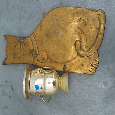 Whiter lions ears cup and brass cat pad