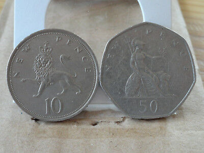 1975 10 p & 1969 50 p -- United Kingdom -- (2 Coin Lot)