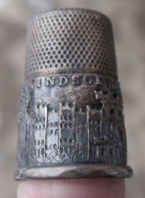 Antique Windsor Castle Unmarked Silver Souvenir Thimble. Circa 1850.