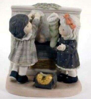 Kim Anderson's PAAP Figurine, 'Love Decorates The Season', New In Box, 864560