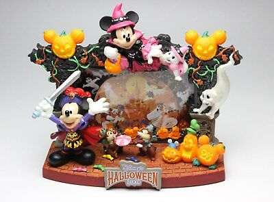 Tokyo Disney Halloween 2008 Mickey Minnie Chip Dale Resin Figurine Photo Frame