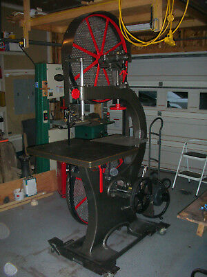 32 Inch Crescent Bandsaw