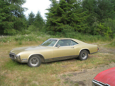 1969 Buick Riviera  1968 1969 1970 Buick Riviera Collection Seven Cars and Lots of Parts