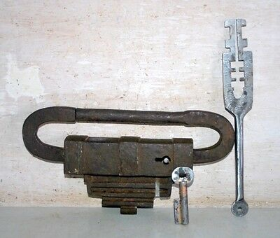 Ancient India Old Iron Hand Carved Padlock With  Keys Rare PadLock & Key 1800's