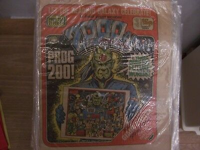 2000AD Featuring Judge Dredd Comic No 200 1981 Excellent Condition