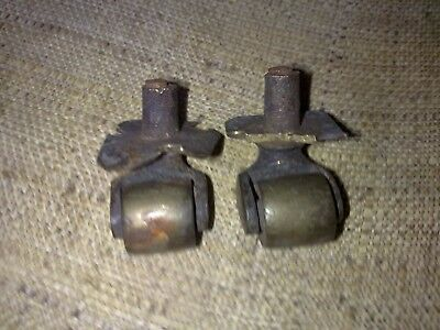 small brass castors x 2, some damage, castor, antique (MT55)