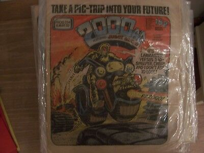 2000AD Featuring Judge Dredd Comic No 254 1982 Excellent Condition