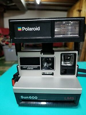 Vintage Polaroid SUN600 LMS Land Camera takes 600 film EXCELLENT works well