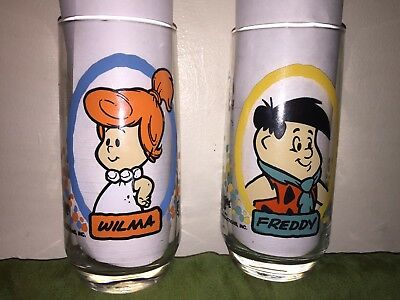 Vintage Lot of 2 1986 Flintstone Kids Pizza Hut Glasses - Fred and Wilma