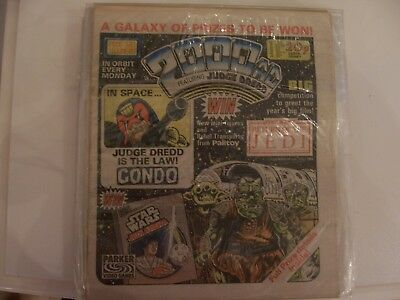 2000AD Featuring Judge Dredd No 320 1983 Excellent Condition