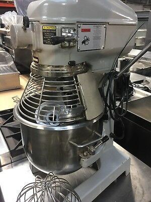Globe 20 Quart Mixer With Safety guard