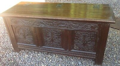 18 Th C. CARVED OAK COFFER . BLANKET BOX.STORAGE . LINEN . COUNTRY HOUSE