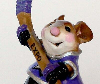 NEW Wee Forest Folk 2003 Mouse Expo Phil Mouseposito SLAPSHOT! Hockey Player