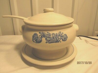 Pfaltzgraff Yorktowne Covered Soup Tureen with Underplate & Ladle